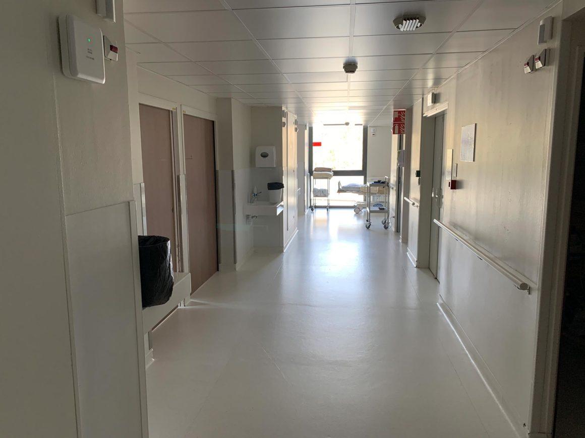 couloir chirurgie ambulatoire CHU de Saint-Etienne