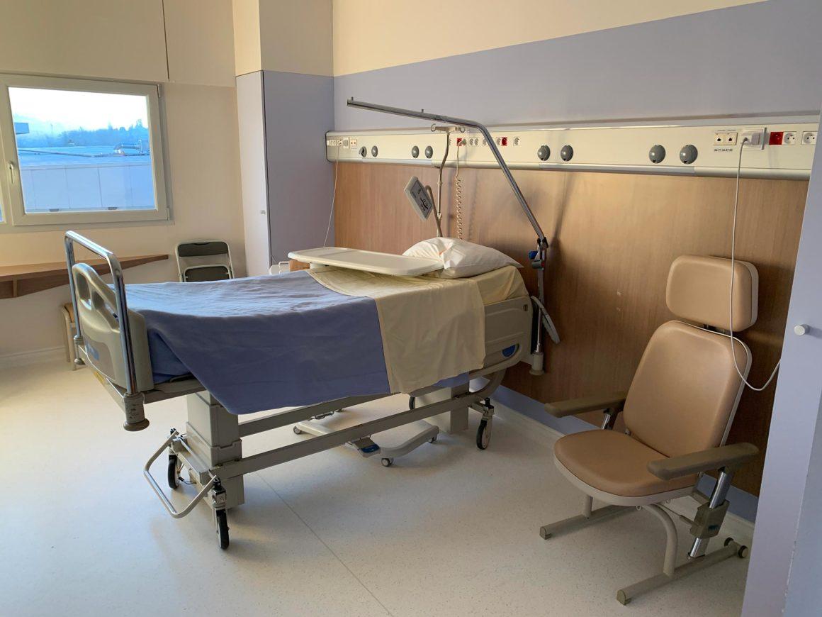 lit d'hospitalisation CHU de Saint-Etienne